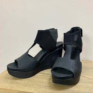 BNiB Eileen Fisher Leather Dota Wedge Sandals